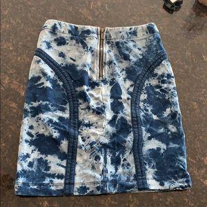 BCBGMAXAZRIA Midi Skirt